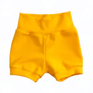 kort broekje geel